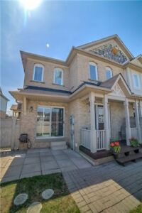 W4192801  -Open House Sat & Sun 2-4!!! Freehold Town