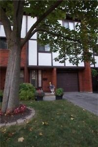3 Bdrm Condo Townhouse In The Great Rockwood Village