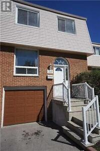 Great Townhouse, 4Br, 3B, 3525 BRANDON GATE DR, Mississauga