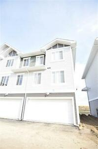 Chic and Modern, END Unit Townhouse w Great View! Edmonton Edmonton Area image 11