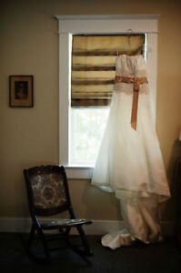"""Ivory, Gold, Lace - Maggie Sottero """"The Camden"""" Dress London Ontario image 3"""