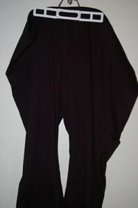 Size 4x petite - new black ActiveZone yoga pants
