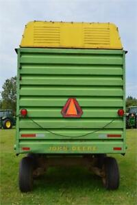 1985 JOHN DEERE 716A FORAGE BOX