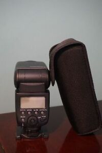 Canon 580 EX II Flash in mint condition