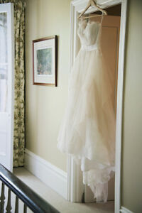 Beautiful Wedding Dress - Clean and Ready for your big day!