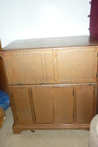 It's a Lot of Things: Dresser Stand Hutch Side Table
