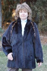 Classic Woman's Mink Jacket Imported from Germany West Island Greater Montréal image 1