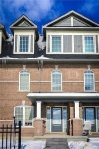 Bright & Spacious 2 Bdrm Freehold Townhouse Located At Salem Rd