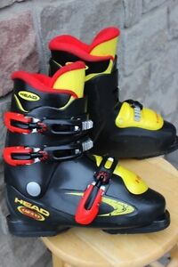 Ski boots HEAD Carve X3 size 24.5 Junior girls ski boots US 6 to