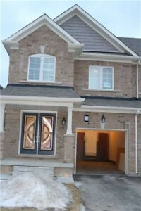 ***LESS THAN 8 MONTHS OLD 4+1 BEDROOM HOUSE IN BRAMPTON***