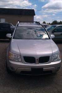 2004 Pontiac Torrent Sedan