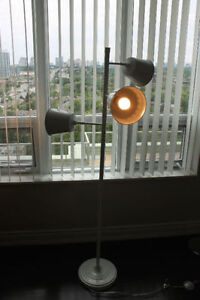 PRICE DROP! ADJUSTABLE WHITE FLOOR LAMP FOR SALE!