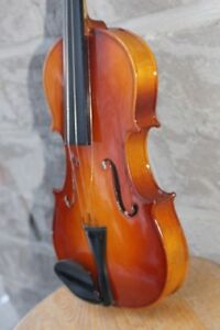 Corelli violin ½ size w/ case 18 to 19 in arm length B&J