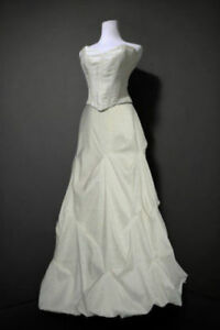 Wedding dress, size 6/8