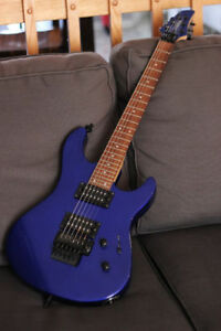 **BAISSE DE PRIX** Yamaha RGX220DZ bleu + ampli