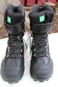Brand NEW Cougar Winter Boots men's size US size 13 Waterproof I