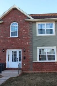 New PRICE ! Stratford Townhouse. 1100-  6/12 months