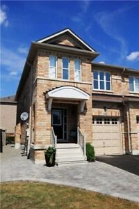 1800 sft semi-detached home (house) in Vaughan /Maple for Rental