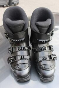 Junior ski boots Rossignol Cockpit Comp J size 20.5 or US 1 ½ to