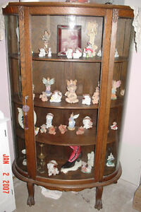 I need a curio cabinet, can trade other stuff for it Belleville Belleville Area image 1