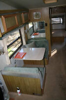 Great 29 ft Prowler 5th Wheel. MUST BE SOLD THIS MONTH