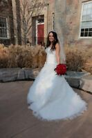 Wedding Dress Sweetheart Size 8-10 corset back
