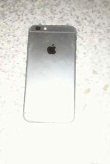 iPhones phones