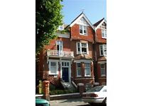 Two Bedroom flat located central Hove, seconds walking distance from Hove seafront.