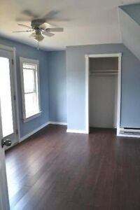 AVAILABLE MAY 1st 100% RENOVATED 3 BR HOUSE $1150 Utilities Inc