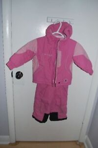 Columbia snowsuit for girl , size 3T