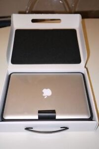 Macbook Pro 13inch 2.9Ghz i7 8GBRAM ,500 HDD CC2015 collection