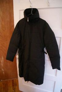 Manteau d'hiver Moncler long pour femme, taille M