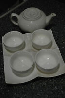 Asian tea seat (Pot and 4 small cups)