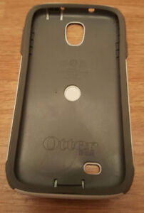 MOVING NEED GONE!OTTERBOX SAMSUNG GALAXY S4 $20