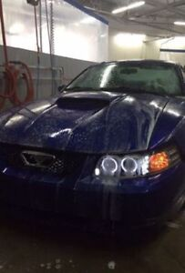 2003 Ford Mustang Pony Package Coupe (2 door)