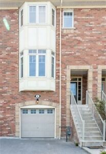 Beautiful 3 Bed Townhome In Ajax