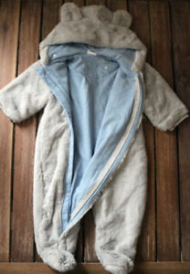 Just Born Size 6-9M Pram Suit in Sparkle-Grey