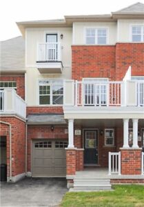 3 Story townhome in Markham Greensborough community 4 Rent