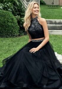Beautiful, 2 Piece, Black Prom Gown (Evening Gown)