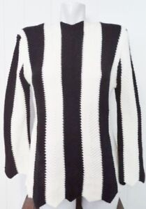 Vintage HAND KNIT Sweater CHEVRON Black White Antique