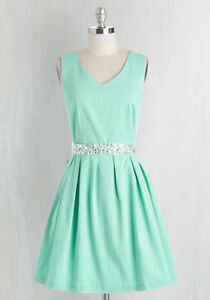 New Timeless Mint Green *Gorgeous* Occasion Dress TAGS ON