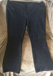 Women's Darkwash Stretchy Jeans (Ricki's) - Size 36 -  NEW