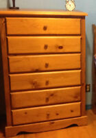Dresser good quality,solid wood