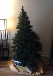 6' Artificial Christmas Tree with Stand