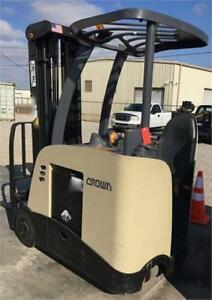 2010 CROWN RC5535-35 COUNTER-BALANCE FORKLIFT