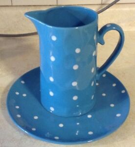 """JUG AND PLATTER IN BLUE. SPRINKLE COLLESTION""""MAXWELL & WILLIAMS Gatineau Ottawa / Gatineau Area image 4"""