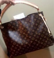 Louis Vuitton Monogram Artsy - Delivery Available