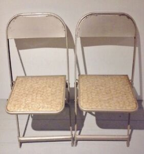 MID CENTURY Card Table FOLDING CHAIRS Antique Vintage