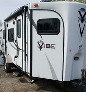 FOREST RIVER V. CROSS VIBE 2015 20 PIEDS