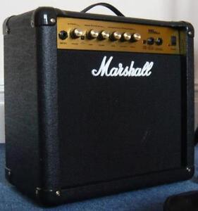 Amplificateur de guitare usagé bonne condition MARSHALL MG15CD